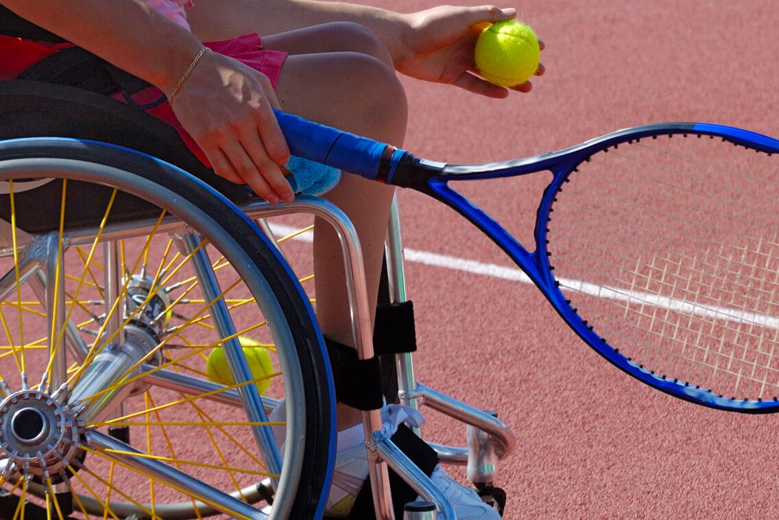 Conheça o tênis em cadeira de rodas